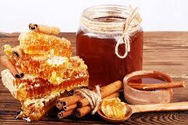 تعبئة وتعليب عسل النحل